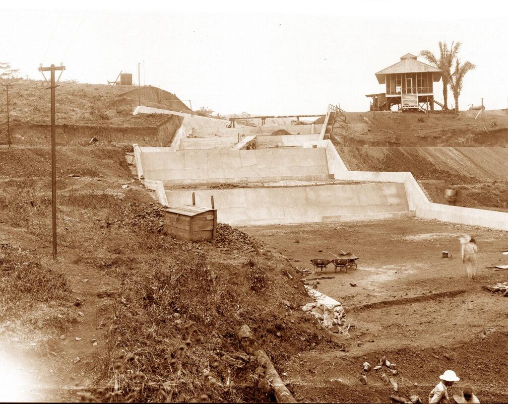 Nuestras esclusas: la razón de ser de un nombre - El Faro - Canal de Panamá
