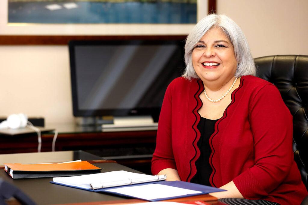 Annette López, VP de Capital Humano del Canal de Panamá - El Faro