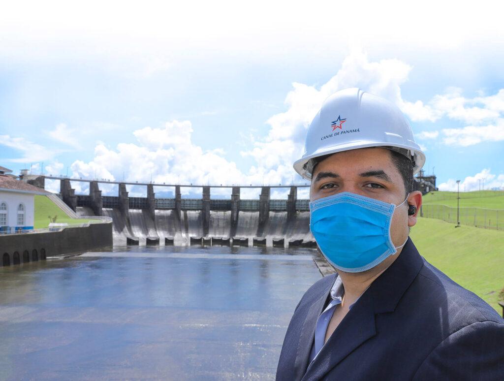 Erick Córdoba, gerente de la División de Agua del Canal de Panamá - El Faro