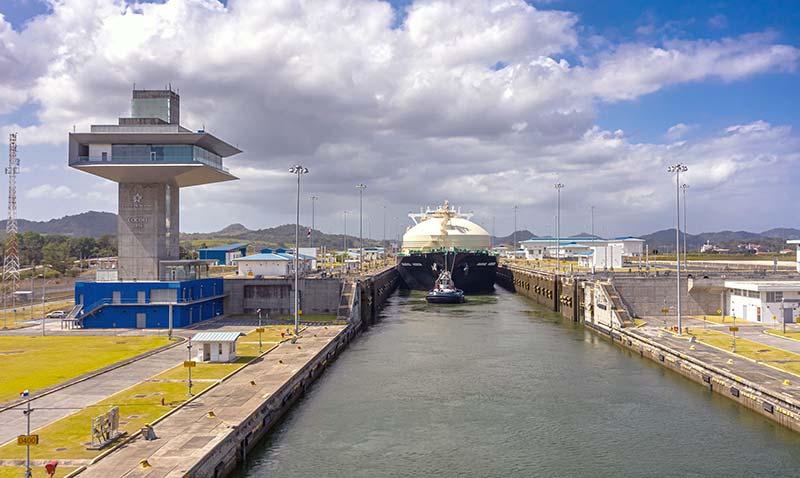 GNL Gas Natural Licuado - Canal de Panamá