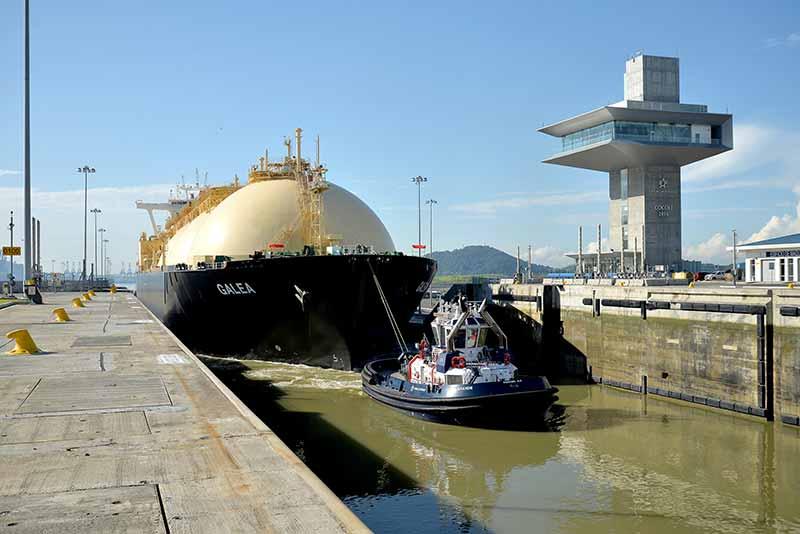 Un pequeño gran ajuste - El Faro - Canal de Panamá
