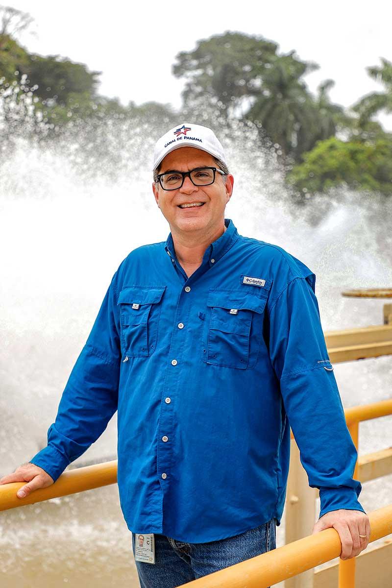 Carlos Della Togna - Canal de Panamá